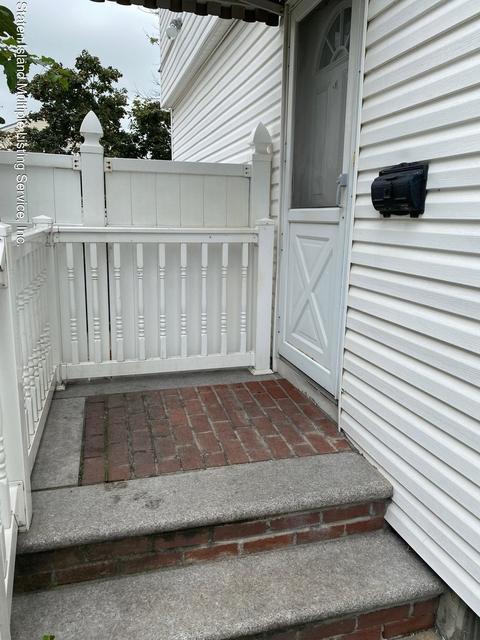 2 Bedrooms, Bulls Head Rental in NYC for $1,900 - Photo 1