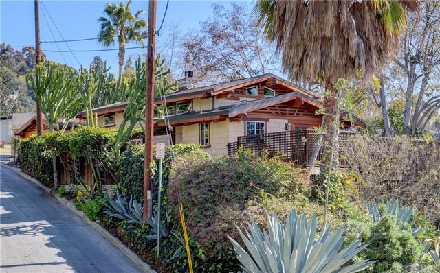 2 Bedrooms, Franklin Hills Rental in Los Angeles, CA for $6,995 - Photo 1