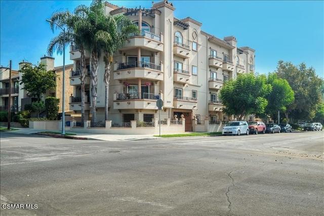 3 Bedrooms, West Los Angeles Rental in Los Angeles, CA for $4,950 - Photo 1