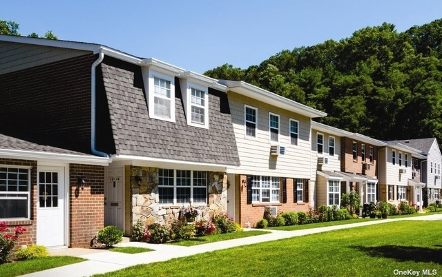 1 Bedroom, Oyster Bay Rental in Long Island, NY for $2,990 - Photo 1