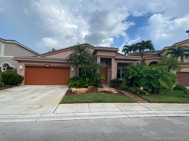 3 Bedrooms, The Village at Harmony Lake Rental in Miami, FL for $4,800 - Photo 1