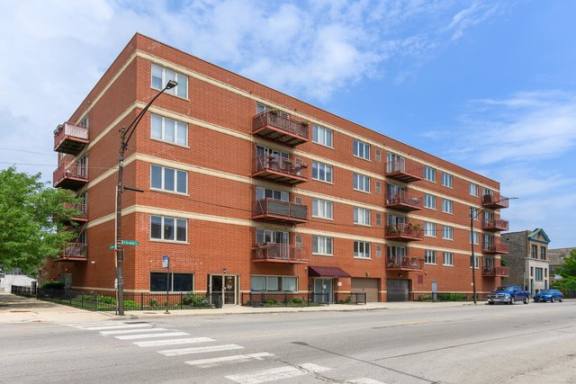 2 Bedrooms, West Town Rental in Chicago, IL for $2,500 - Photo 1