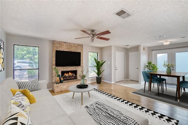 3 Bedrooms, Countryside Rental in Austin-Round Rock Metro Area, TX for $2,850 - Photo 1