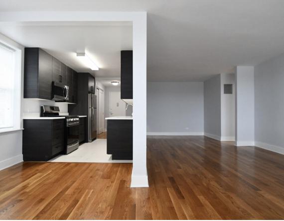 2 Bedrooms, Pelham Parkway Rental in NYC for $2,660 - Photo 1