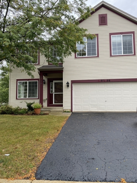 4 Bedrooms, South East Villages Rental in Chicago, IL for $3,000 - Photo 1