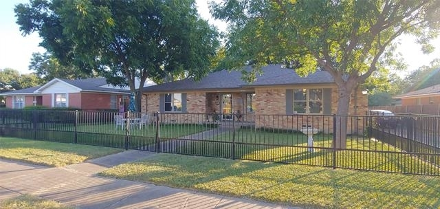 2 Bedrooms, Lochwood Rental in Dallas for $1,590 - Photo 1