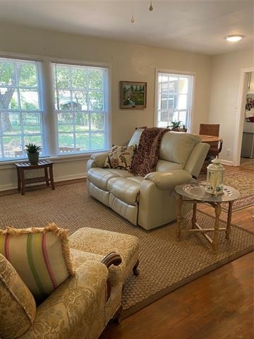 2 Bedrooms, Factory Place Rental in Dallas for $1,385 - Photo 1