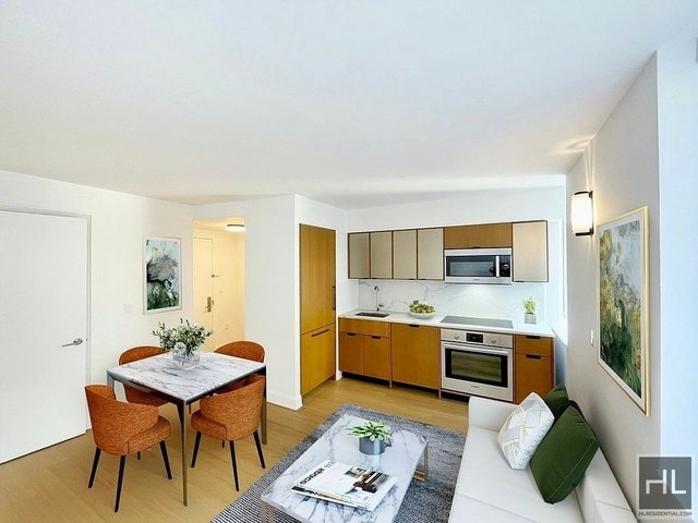Studio, Sutton Place Rental in NYC for $3,006 - Photo 1