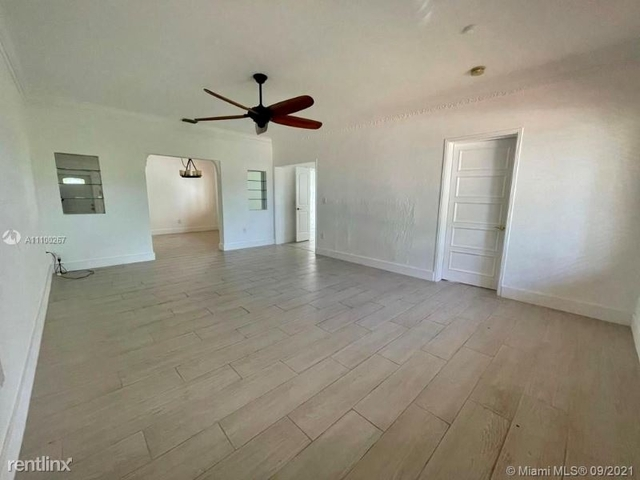 3 Bedrooms, Isle of Normandy Ocean Side Rental in Miami, FL for $3,950 - Photo 1