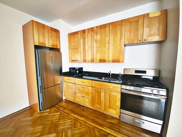 1 Bedroom, Gravesend Rental in NYC for $1,450 - Photo 1
