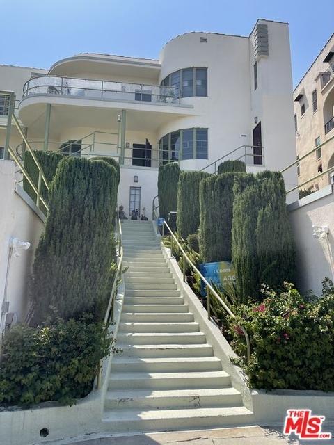 3 Bedrooms, Los Feliz Rental in Los Angeles, CA for $4,900 - Photo 1