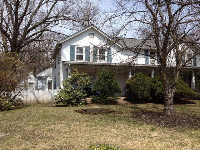 2 Bedrooms, Clarkstown Rental in Mount Pleasant, NY for $2,100 - Photo 1