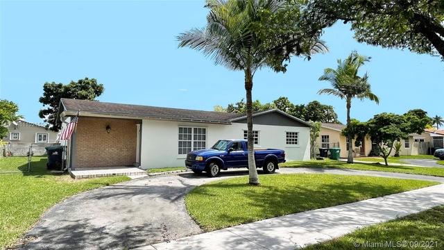 4 Bedrooms, Royal Green Rental in Miami, FL for $2,725 - Photo 1
