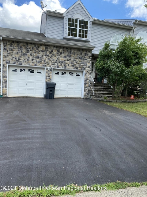 3 Bedrooms, Monmouth Rental in  for $3,000 - Photo 1