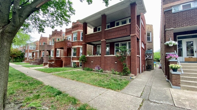 3 Bedrooms, Portage Park Rental in Chicago, IL for $2,150 - Photo 1