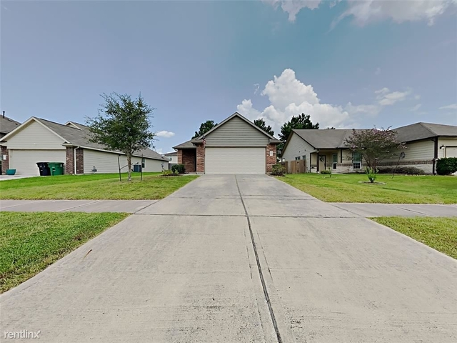 3 Bedrooms, North Kingwood Forest Rental in Houston for $1,649 - Photo 1