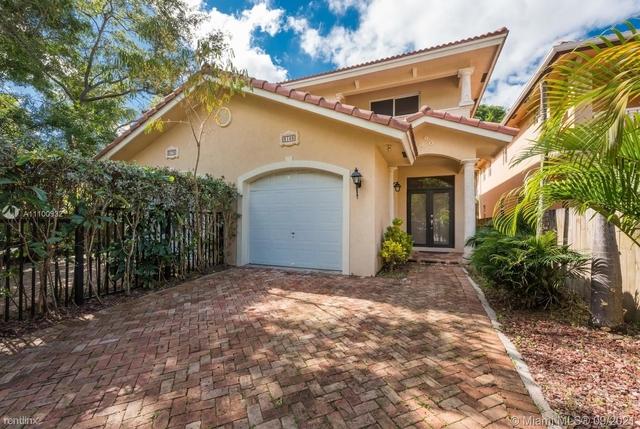 3 Bedrooms, Indiana Grove Condominiums Rental in Miami, FL for $4,500 - Photo 1