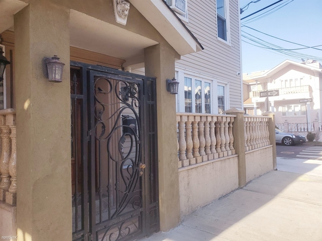 2 Bedrooms, Ozone Park Rental in NYC for $2,250 - Photo 1