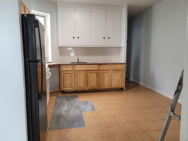 3 Bedrooms, Borough Park Rental in NYC for $1,850 - Photo 1