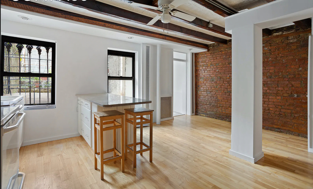 3 Bedrooms, Williamsburg Rental in NYC for $4,350 - Photo 1