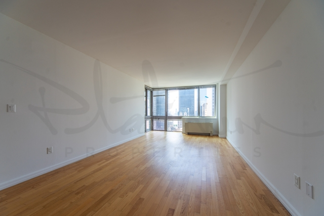 Studio, Financial District Rental in NYC for $4,540 - Photo 1