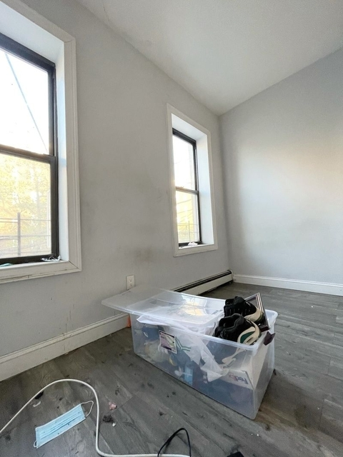 5 Bedrooms, Weeksville Rental in NYC for $3,000 - Photo 1