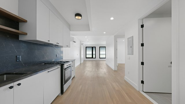 2 Bedrooms, Downtown Brooklyn Rental in NYC for $5,525 - Photo 1