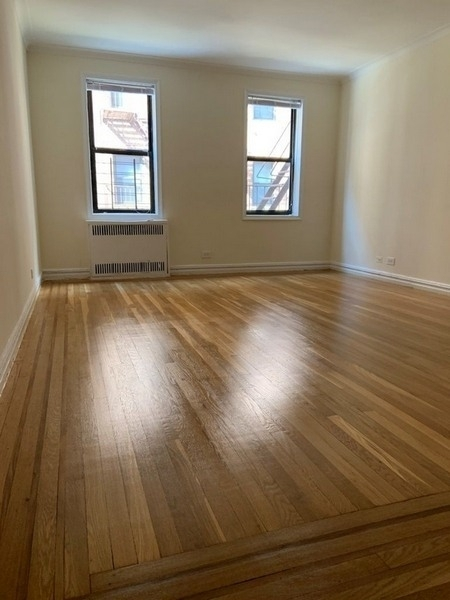 1 Bedroom, Sunnyside Rental in NYC for $2,225 - Photo 1
