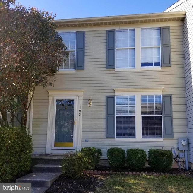 3 Bedrooms, South Gate Rental in Baltimore, MD for $2,000 - Photo 1