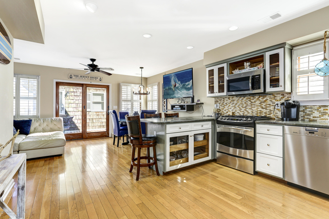 3 Bedrooms, Manasquan Rental in North Jersey Shore, NJ for $5,600 - Photo 1