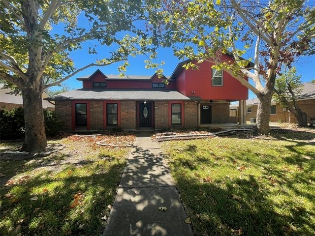 6 Bedrooms, Woodlake Rental in Dallas for $2,725 - Photo 1
