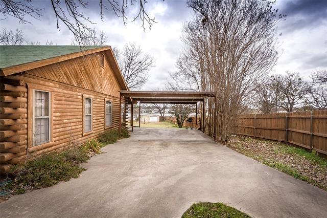 2 Bedrooms, Granbury East Rental in Granbury, TX for $2,145 - Photo 1