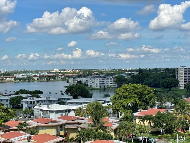 2 Bedrooms, Ojus Rental in Miami, FL for $2,750 - Photo 1