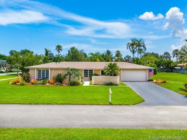 3 Bedrooms, Pine Shore Rental in Miami, FL for $3,800 - Photo 1