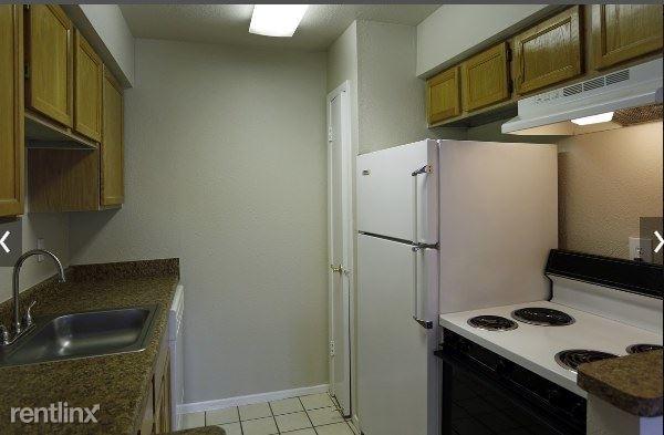 1 Bedroom, Woodlake - Briar Meadow Rental in Houston for $869 - Photo 1
