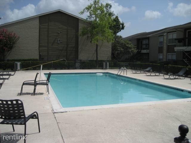 2 Bedrooms, Northwest Crossing Rental in Houston for $1,015 - Photo 1