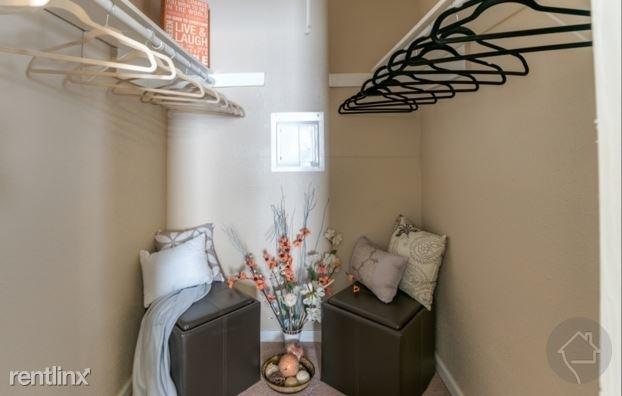 2 Bedrooms, Fairbanks - Northwest Crossing Rental in Houston for $950 - Photo 1