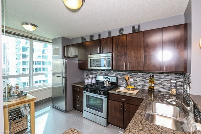 1 Bedroom, Gold Coast Rental in Chicago, IL for $2,299 - Photo 1
