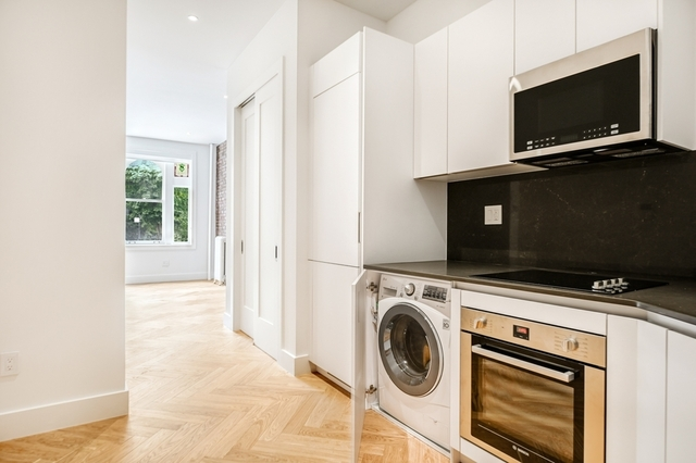 Studio, South Slope Rental in NYC for $2,575 - Photo 1