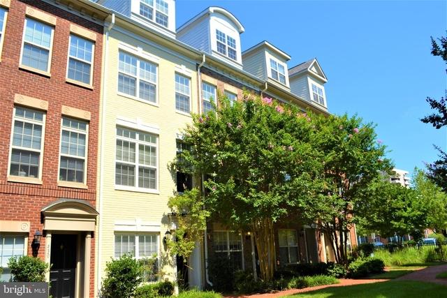 3 Bedrooms, Buckingham Rental in Washington, DC for $4,000 - Photo 1