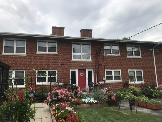 2 Bedrooms, Proviso Rental in Chicago, IL for $1,500 - Photo 1