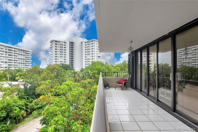 2 Bedrooms, Village of Key Biscayne Rental in Miami, FL for $6,500 - Photo 1