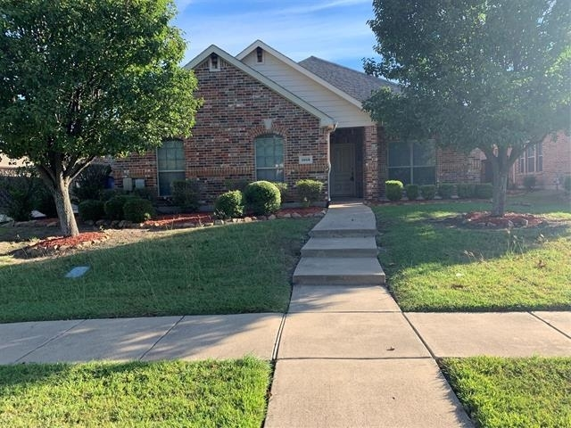 4 Bedrooms, Fox Hollow Rental in Dallas for $2,300 - Photo 1