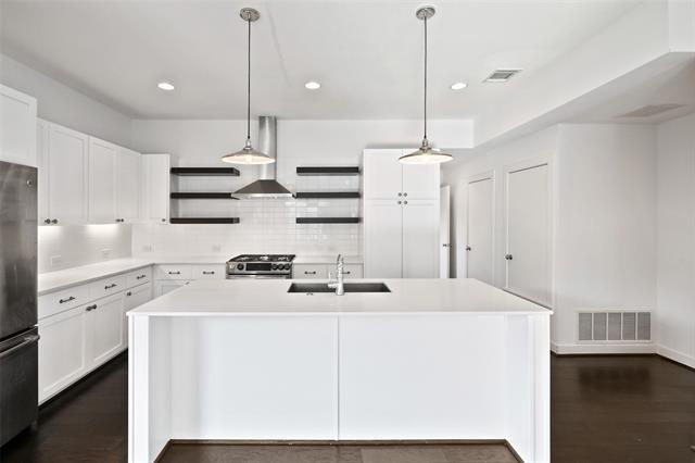 3 Bedrooms, Kidd Springs Rental in Dallas for $3,500 - Photo 1