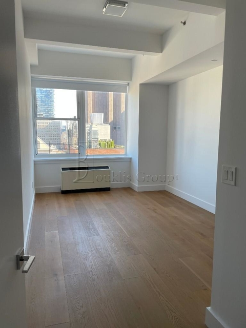 3 Bedrooms, Tribeca Rental in NYC for $11,917 - Photo 1
