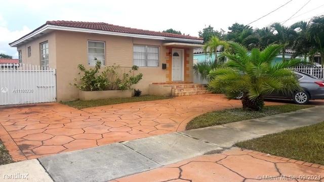 3 Bedrooms, Andalucia Condominiums Rental in Miami, FL for $2,790 - Photo 1