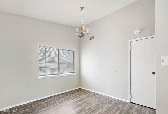 2 Bedrooms, La Marque-Hitchcock Rental in Houston for $900 - Photo 1