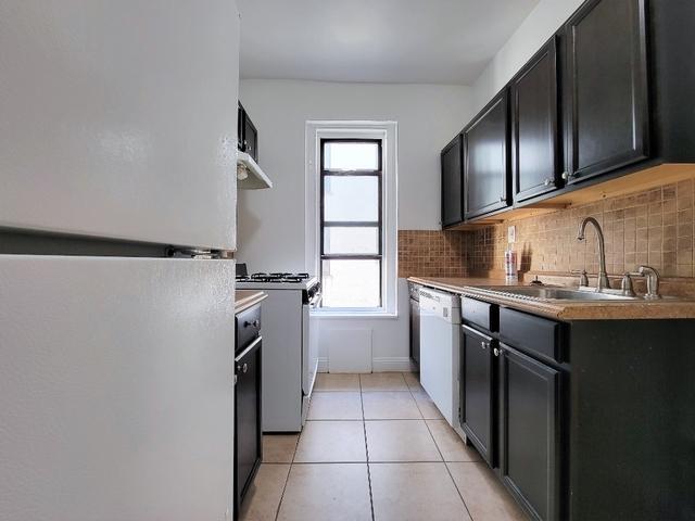 2 Bedrooms, Astoria Rental in NYC for $2,450 - Photo 1