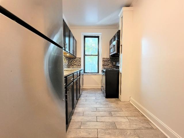 1 Bedroom, Astoria Rental in NYC for $2,125 - Photo 1