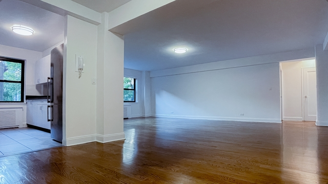 3 Bedrooms, Tudor City Rental in NYC for $7,480 - Photo 1